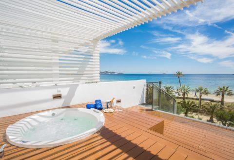 Deals, DeLuxe, Europa, Ibiza