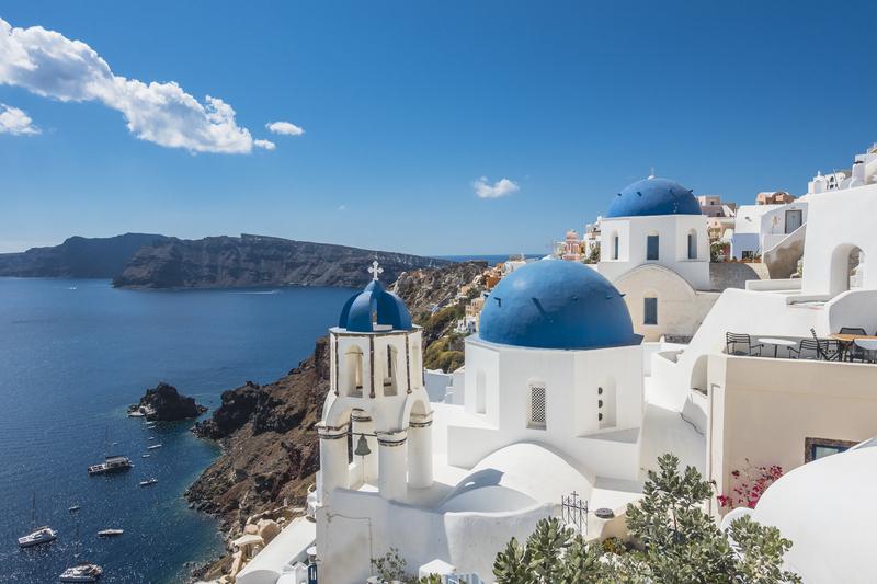 Blauw met witte huisje op Santorini