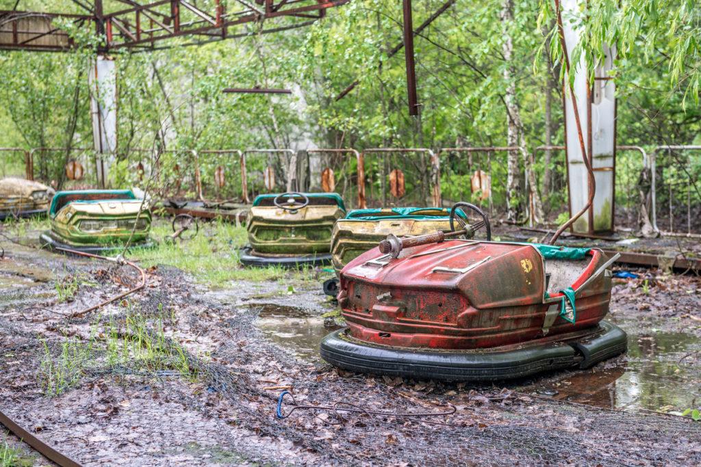 Verlaten botsauto park in Oekraïne