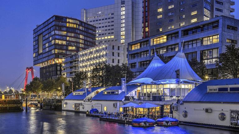 Drijvend Hotel in Rotterdam