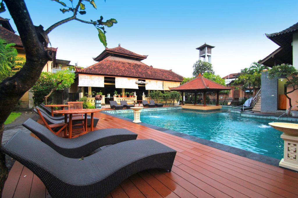Bakung Beach Hotel 3***, Bali